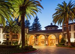 Embassy Suites by Hilton Napa Valley - Napa - Edificio