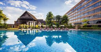 Lotus Hotel Pang Suan Kaew - צ'אנג מאי - בריכה