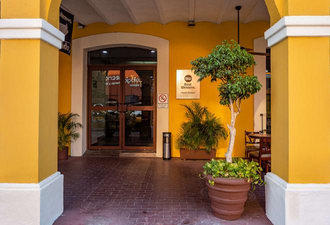 Best Western Hotel Madan - Villahermosa - Κτίριο