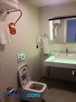 Tempo Fair Suites - Istanbul - Bathroom