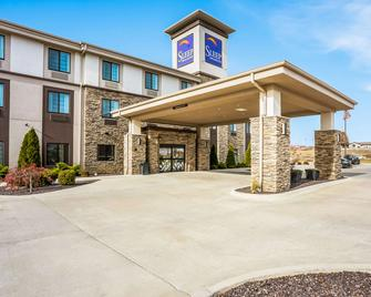 Sleep Inn & Suites - Hannibal - Building