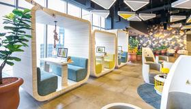 Yello Hotel Harmoni - Jakarta - Lobby