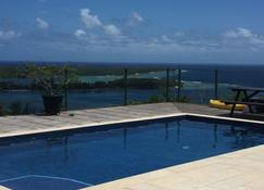 Santina Apartments - Port Vila - Pool