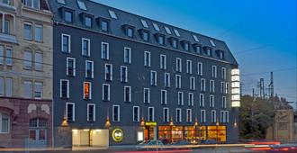 B&B Hotel Stuttgart-Bad Cannstatt - Stuttgart - Toà nhà