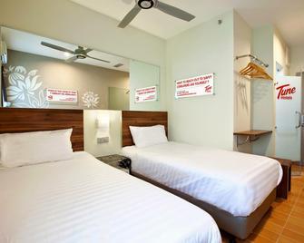 Tune Hotels - Kota Bharu City Centre - Kota Bharu - Bedroom