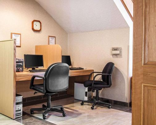 Comfort Suites - Clackamas - Business centre