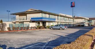 Motel 6 Owensboro - Owensboro