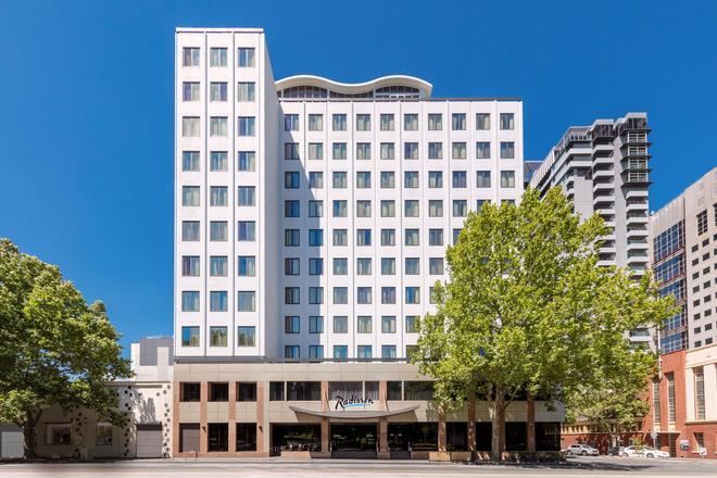 Radisson on Flagstaff Gardens Melbourne - Melbourne - Building