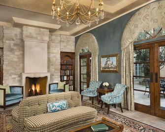 Ayres Hotel Manhattan Beach - Hawthorne - Living room