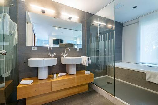 NM Suites - Platja d'Aro - Bathroom