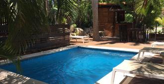 Hotel & Hostel El Punto - Tulum - Pool