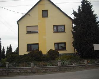 Ferienwohnung-Thierse - Stolpen - Gebäude