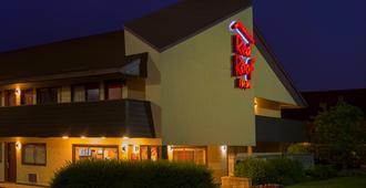 Red Roof Inn Dayton North Airport - דייטון