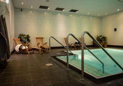 Clarion Hotel Grand Ostersund - Östersund - Pool