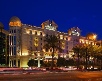 Wyndham Grand Regency Doha - Dauhá - Building