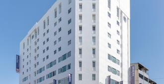 Beacon Hotel - טאיצ'ונג - בניין
