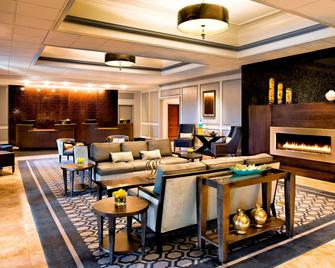 Sheraton Framingham Hotel & Conference Center - Framingham - Salónek