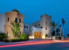 Juweira Boutique Hotel - Salalah - Building