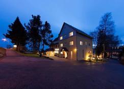Hotel-Restaurant Sonneneck - Dornstetten - Edificio
