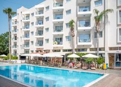 Alva Hotel Apartments - Protaras - Building
