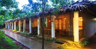 Royal Retreat Sigiriya - סיגיריאה