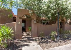 La Posada Lodge & Casitas, an Ascend Hotel Collection Member - Tucson - Bedroom