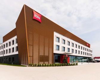 ibis Poznan Polnoc - Suchy Las (Wielkopolskie) - Building