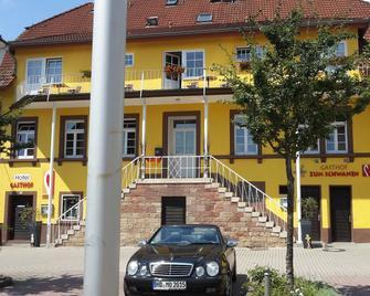 Hotel Zum Schwanen - Leimen (Baden-Wurttemberg) - Building