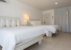 Premiere Hotel - Fort Lauderdale - Bedroom