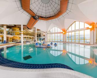 Park Inn by Radisson Sarvar Resort & Spa - Sárvár - Pool