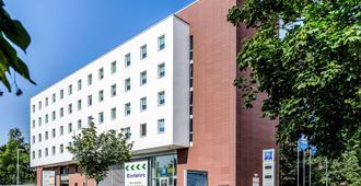 ibis budget Augsburg City - Augsburg - Building