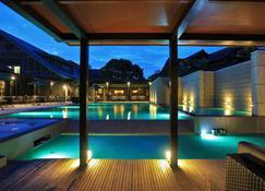Amane Resort Gahama - Beppu - Piscine