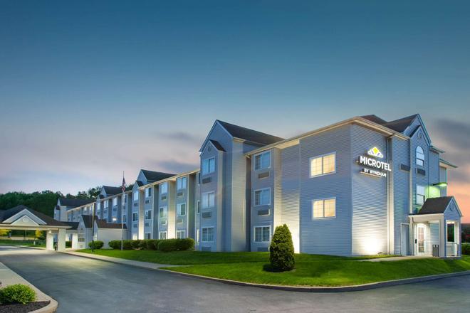 Microtel Inn & Suites by Wyndham Pittsburgh Airport - Pittsburgh - Toà nhà