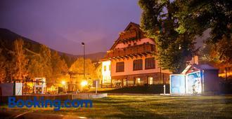 Przystanek Bavaria - Karpacz - Building