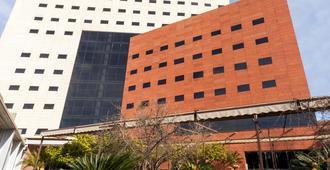 Barceló Granada Congress - St. George - Edifício