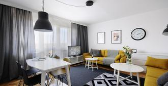 A Place Like Home Apartamenty Witosa - גדנסק - סלון