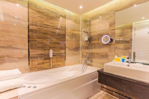 Sunrise Montemare Resort -Grand Select (Adults Only) - Sharm el-Sheikh - Bathroom