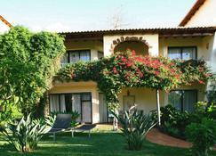 Quinta Splendida Wellness & Botanical Garden - Caniço - Building