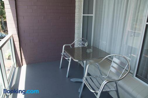Port Aloha Motel - Port Macquarie - Balcony