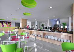 泗水容庫喜愛酒店 - 泗水 - 餐廳