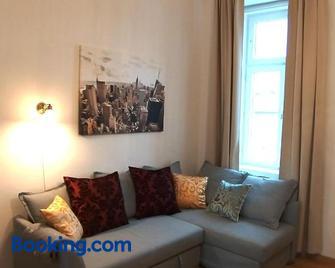 Suite Marie Antoinette - Gmunden - Wohnzimmer