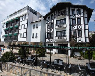 Zinos Hotel - Sinop - Gebouw