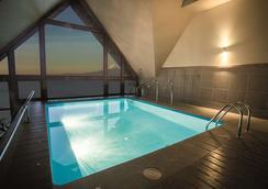 Hotel Cumbres Puerto Varas - Puerto Varas - Pool
