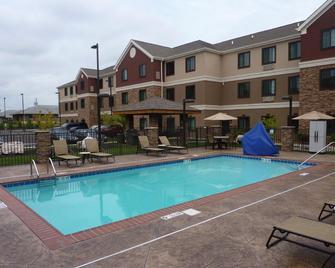 Staybridge Suites Bowling Green - Bowling Green - Pool