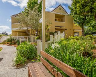Quality Inn & Suites Capitola By the Sea - Capitola - Будівля