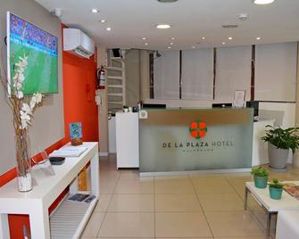 De la Plaza Hotel - Мальдонадо - Front desk