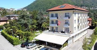 Hotel Luna Garni - אזקונה - בניין