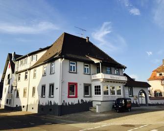 Heckenrose - Ringsheim - Building