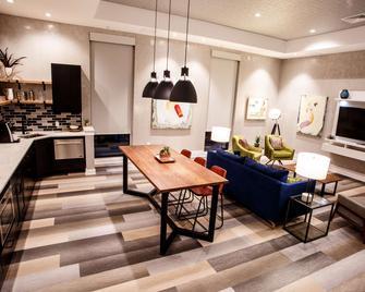 Hotel Rock Lititz - Lititz - Living room