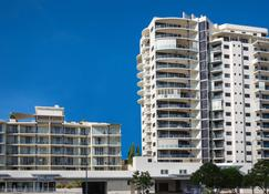 Park Regis City Quays - Cairns - Building